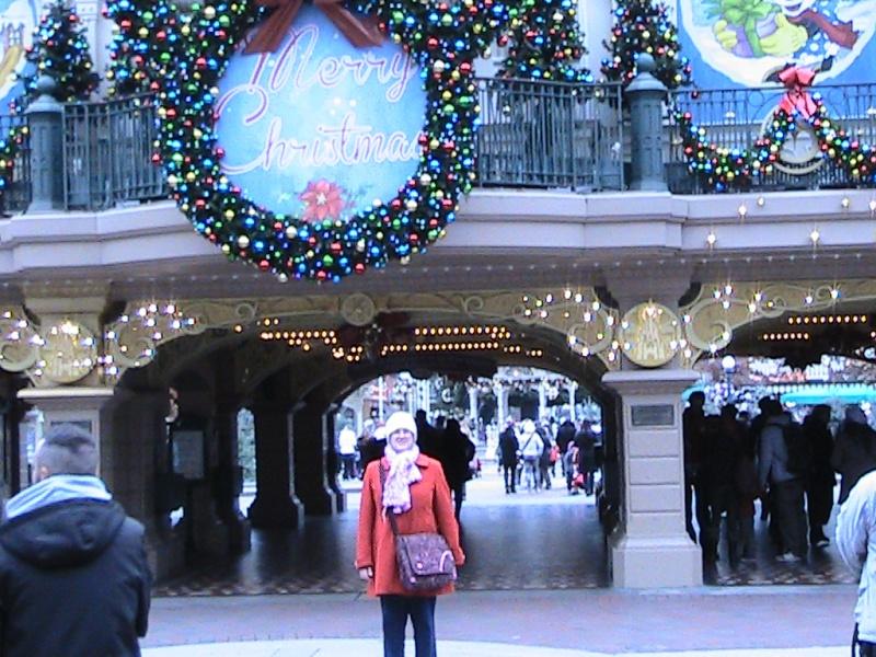 une journée magique à Disney en amoureux pour la saison de noel le 27 novembre Img_0813