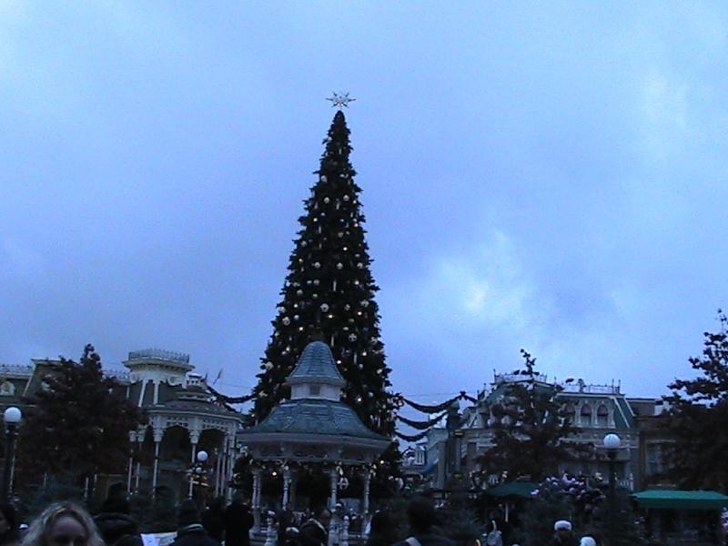 une journée magique à Disney en amoureux pour la saison de noel le 27 novembre Img_0816