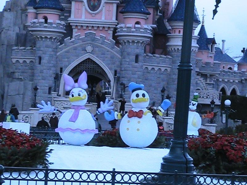 une journée magique à Disney en amoureux pour la saison de noel le 27 novembre - Page 3 Img_0829
