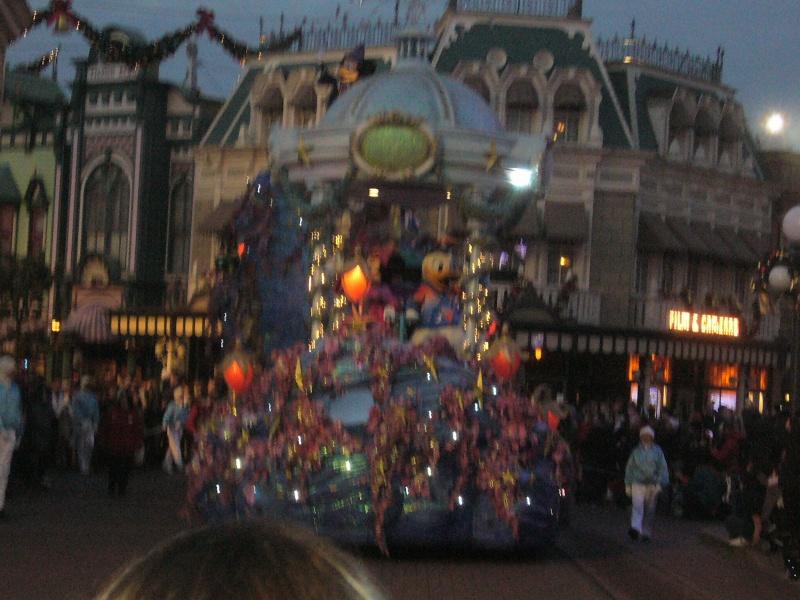 une journée magique à Disney en amoureux pour la saison de noel le 27 novembre - Page 12 P1020339