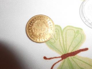 mes monnaie gauloise et une fusaiole + 2 romaine et un bonus Dscn0211