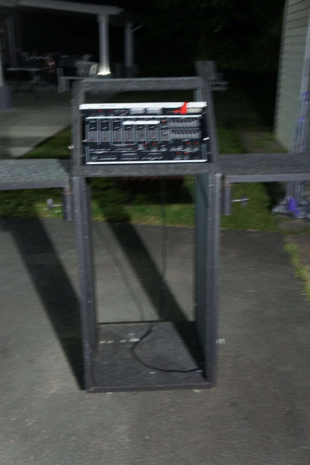 My DJ consoles  - Page 2 Dsc00111