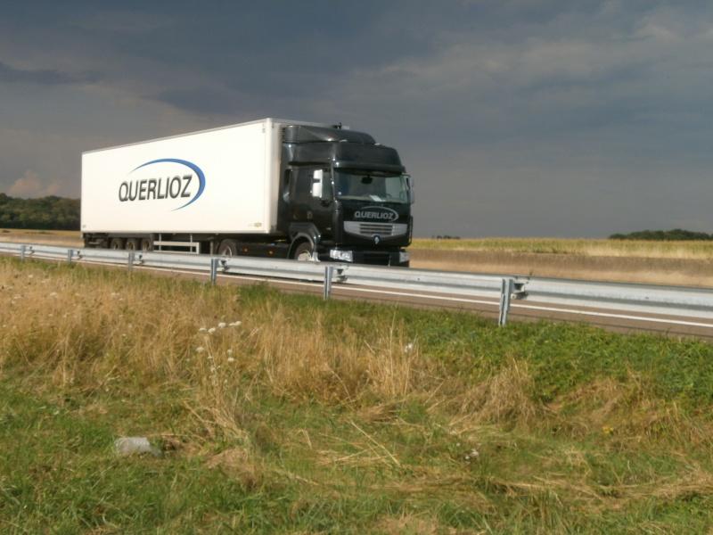 Transports Querlioz (Estrablin 38) P8282035