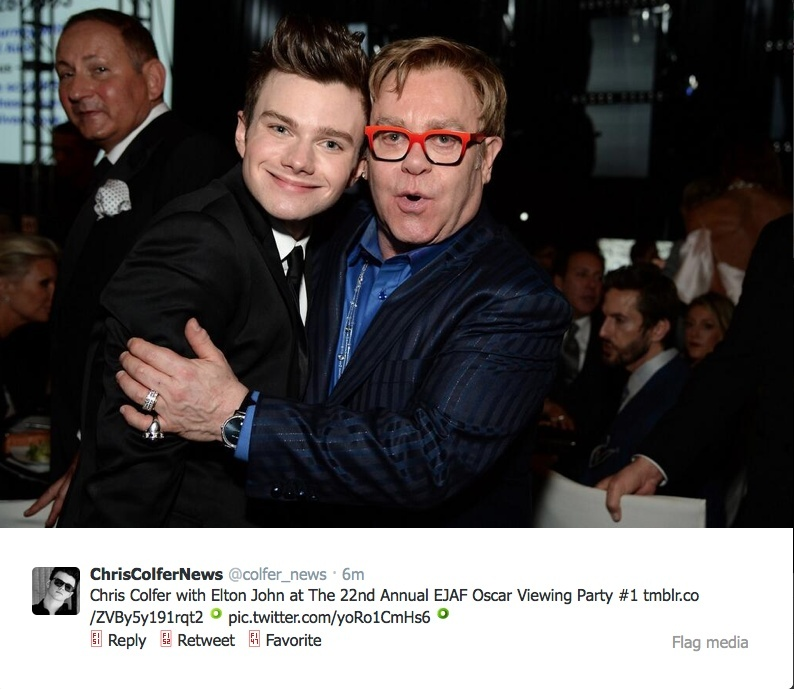 Chris at the Elton John Oscar Viewing Party 2014 - Page 2 Twitte48