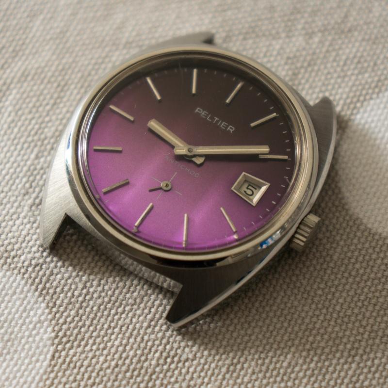 Breitling - [Ici TOPIC des demandes d'IDENTIFICATION et RENSEIGNEMENTS de vos montres] - Page 38 Dsc08910