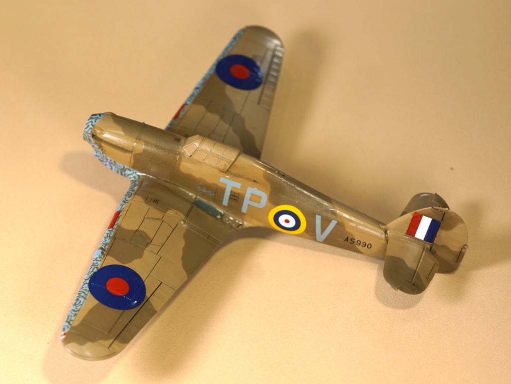 [ARMA HOBBY] Hurricane Mk I metal wing 1/72 -- 73sq Flight B James DENIS (FINI) - Page 8 Arma_933