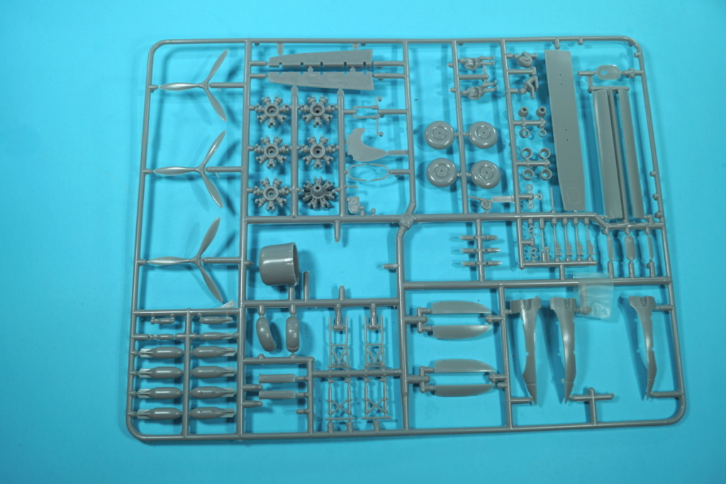 1/72 SUPERMODEL: CANT Z.1007Bis FAFL LAM ...   - Page 2 Cant_p12