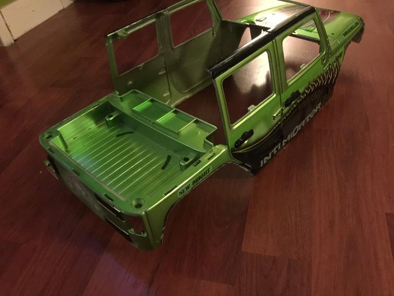 Mon Jeep a l'échelle 1/10  - Page 3 Img_3812