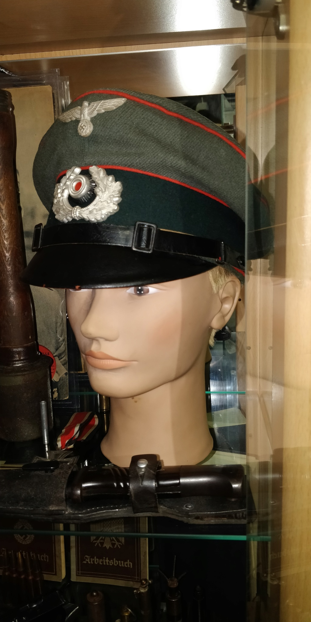 Ma première casquette allemande Img_2043