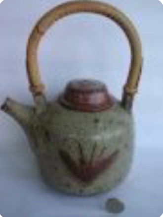 Mick Arnold, Caoldair Pottery , Scotland Img_5210