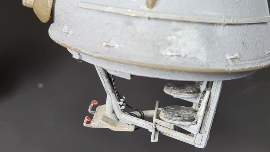 M8 Greyhound Tamiya 1/35 + photodécoupe ABER et Royal Model - Page 5 M8_2110