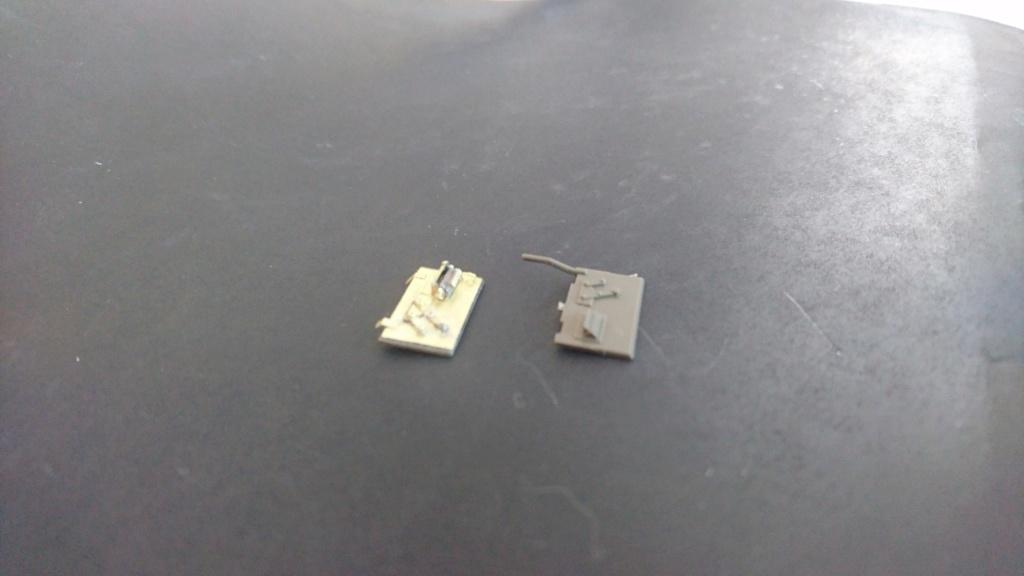 M8 Greyhound Tamiya 1/35 + photodécoupe ABER et Royal Model - Page 2 M8_910