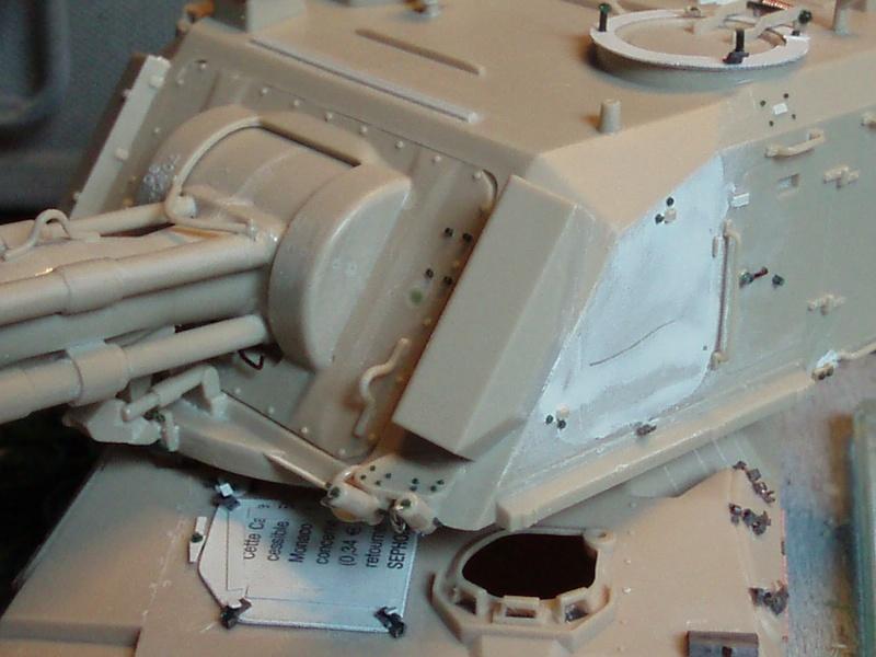 AMX 30 AUF1, [Heller, 1/35] - Page 2 P2220110
