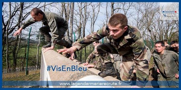La formation d'élèves-gendarmes français . Gendar10