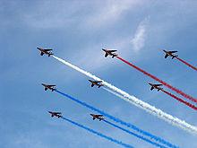 La patrouille de France offre un rare spectacle dans le ciel de Savoie Patrou10