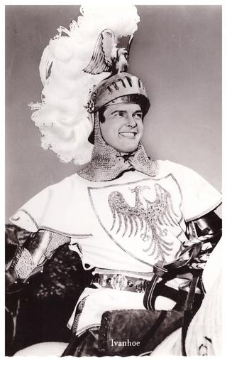 Disparition de l'acteur Roger Moore (1927-2017) 036-ro10