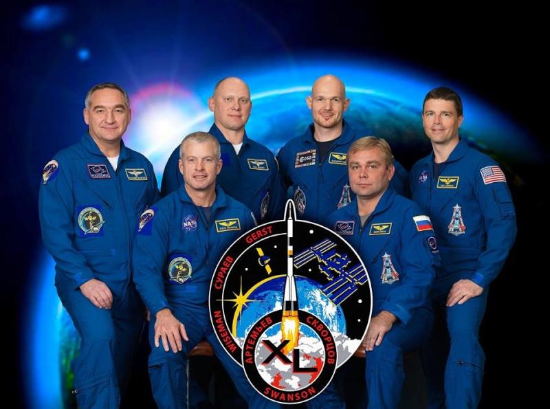 Vol spatial d'Alexander Gerst / Expedition 40 et 41 - BLUE DOT / Soyouz TMA-13M 10308110