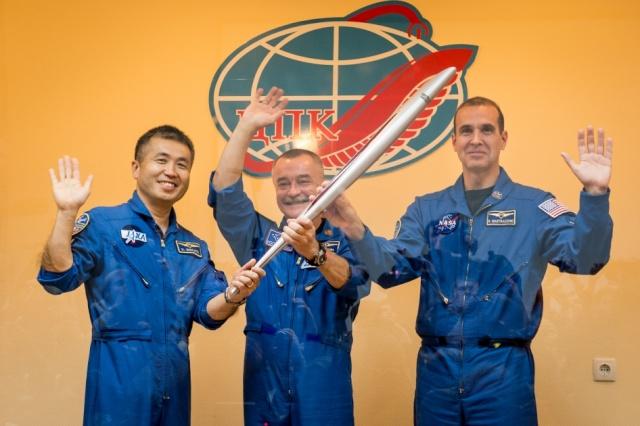 7 novembre 2013 - Mission Soyouz TMA-11M / Expedition 38-39 10707010