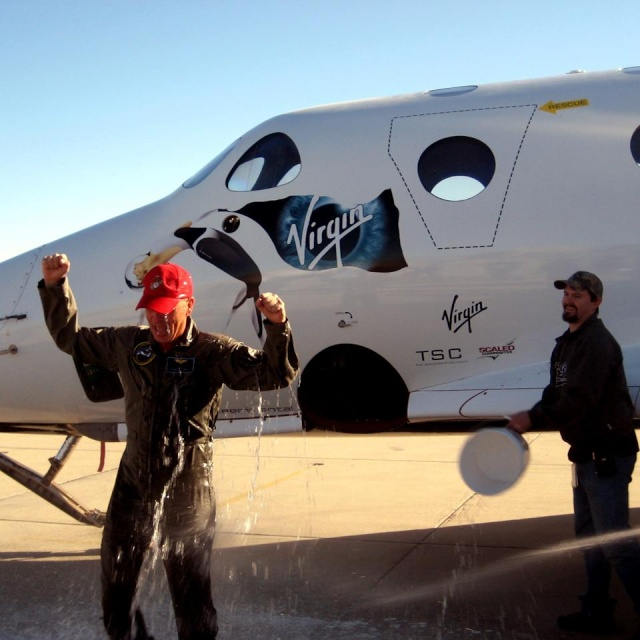 |SpaceShipTwo] Vol test - 17 janvier 2014 15252410