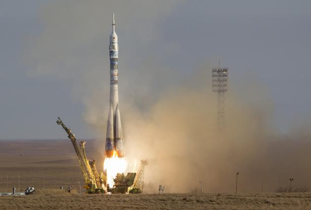 7 novembre 2013 - Mission Soyouz TMA-11M / Expedition 38-39 2013-111