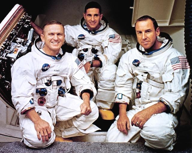 Apollo 8 - La mission - Rares Documents, Photos, et autres ... Apollo10