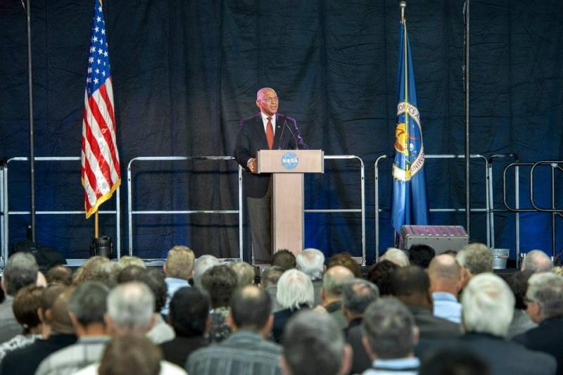 13 mai 2014 - Inauguration officielle du NASA Armstrong Flight Research Center Armstr13