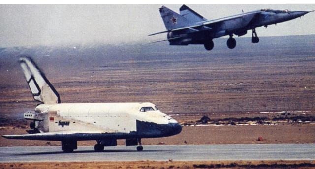 15 novembre 1988 - Décollage de la navette spatiale Bourane - 25 ans Bouran13