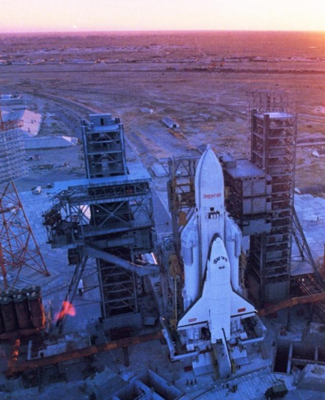 15 novembre 1988 - Décollage de la navette spatiale Bourane - 25 ans Bouran16