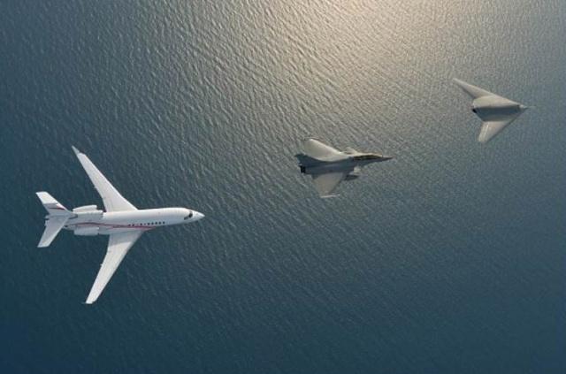 Drone nEUROn - Dassault réalise une première mondiale Captur17