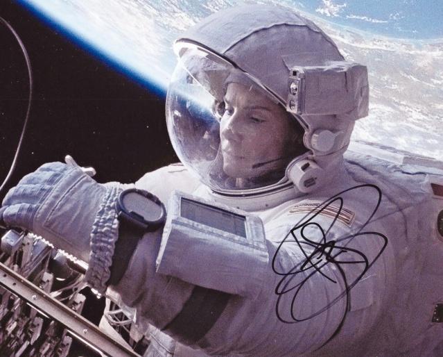 Collectionner les ''souvenirs'' Gravity Gravit18