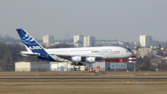 Un Airbus A380 d'essais rejoint le Musée de l'Air et de l'Espace Img_9311