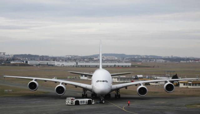 Un Airbus A380 d'essais rejoint le Musée de l'Air et de l'Espace Img_9413