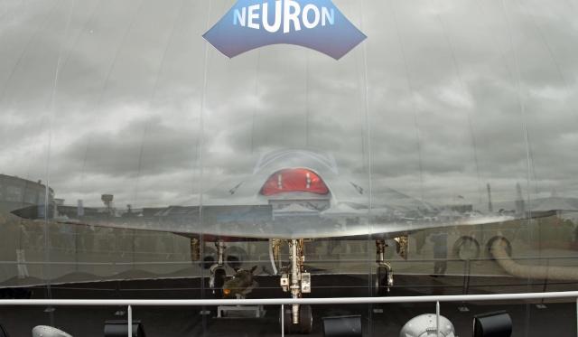 Drone nEUROn - Dassault réalise une première mondiale Img_9811