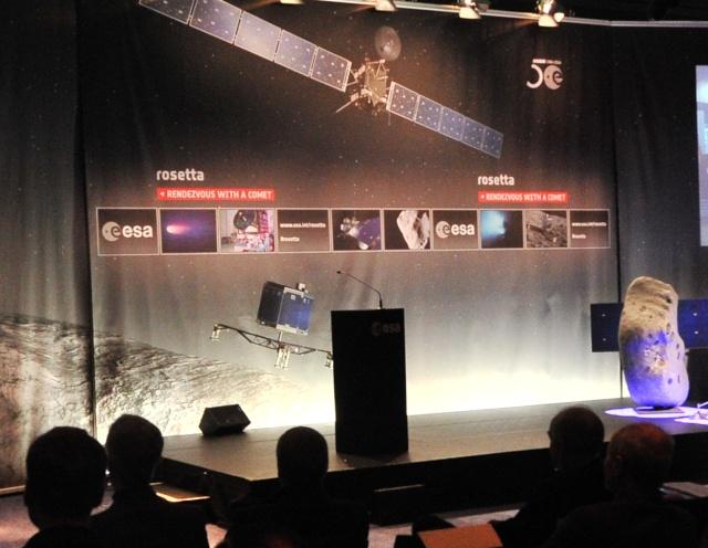 Rosetta - Réveil de la sonde / Mission / Atterrissage de Philae Img_ro10