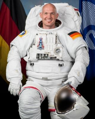 Vol spatial d'Alexander Gerst / Expedition 40 et 41 - BLUE DOT / Soyouz TMA-13M Jsc20112