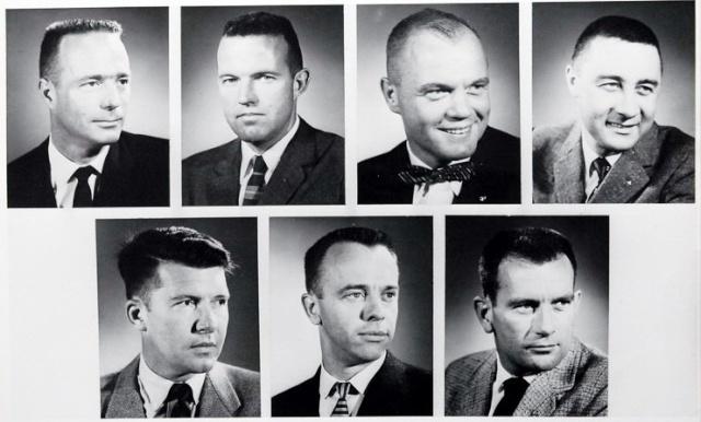9 avril 1959 - Les sept astronautes Mercury sont présentés à la presse Mercur12