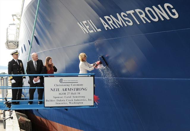 L'US Navy annonce qu'un bâtiment de recherche de la marine portera le nom de Neil Armstrong News-014