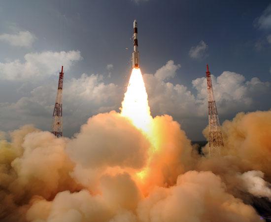 5 novembre 2013 - Mars Orbiter Mission (MOM) / L'Inde se lance à l'assaut de la planète rouge / Mission réussie 24 septembre 2014 Pslv-c10