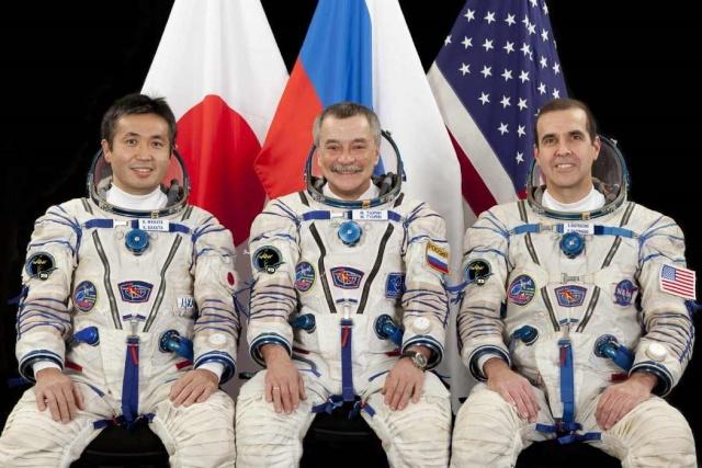 7 novembre 2013 - Mission Soyouz TMA-11M / Expedition 38-39 Soyuz-10