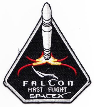 Le Programme des vols SpaceX raconté avec les patchs Spacex10