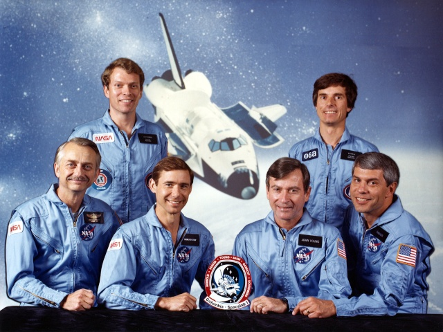 30ème anniversaire de la mission STS-9 et du premier vol de Spacelab Sts-9_11