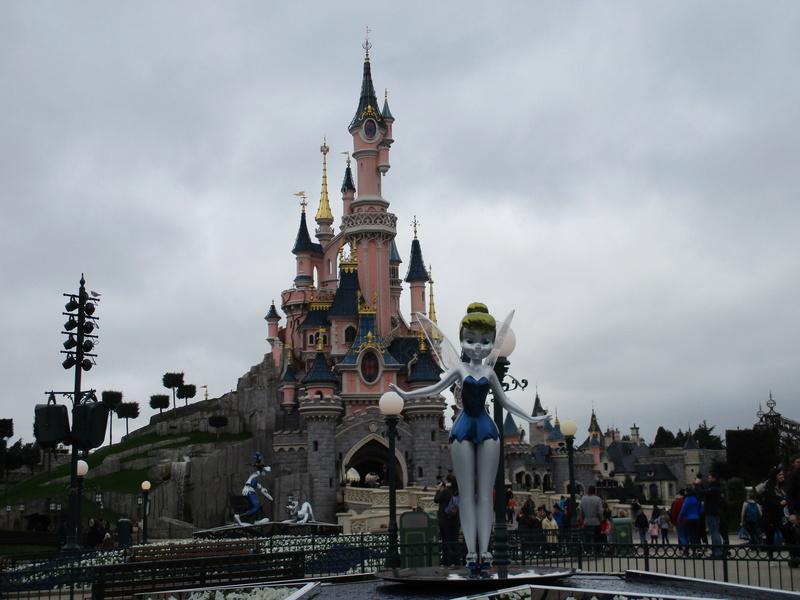[Saison] 25ème Anniversaire de Disneyland Paris (à partir du 26 mars 2017) - Page 36 Img_0216