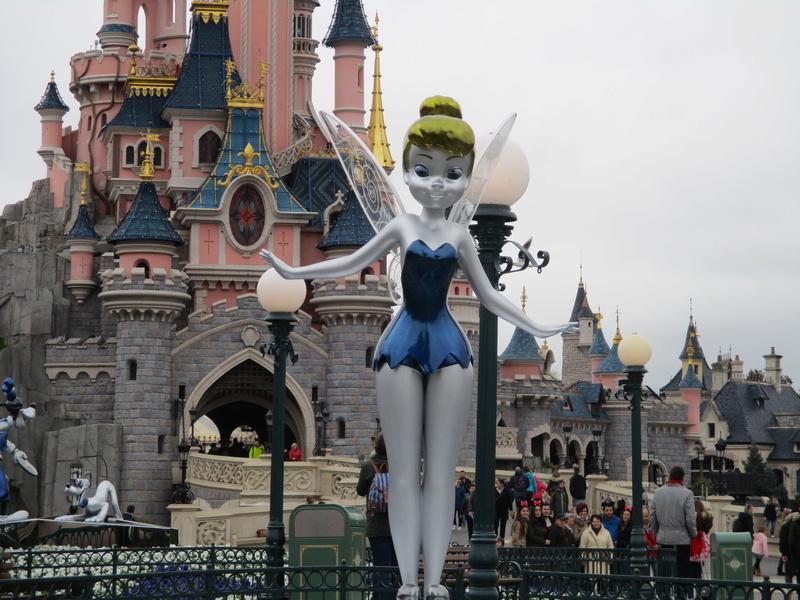 [Saison] 25ème Anniversaire de Disneyland Paris (à partir du 26 mars 2017) - Page 36 Img_0217