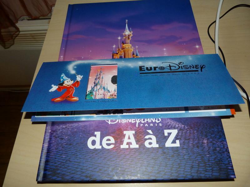 [Livre] Disneyland Paris de A à Z (2017)  P1540216