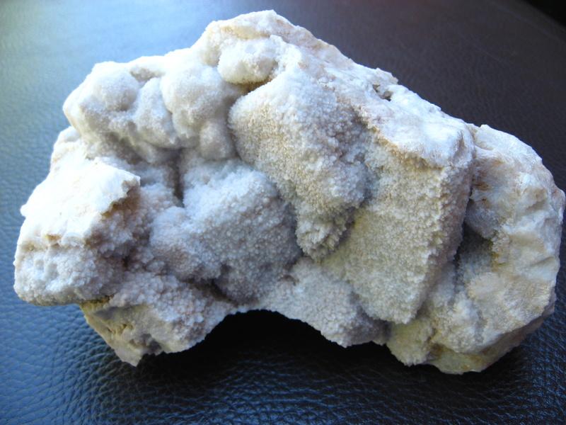 pseudomorphose  quartz après fluorite Img_0232