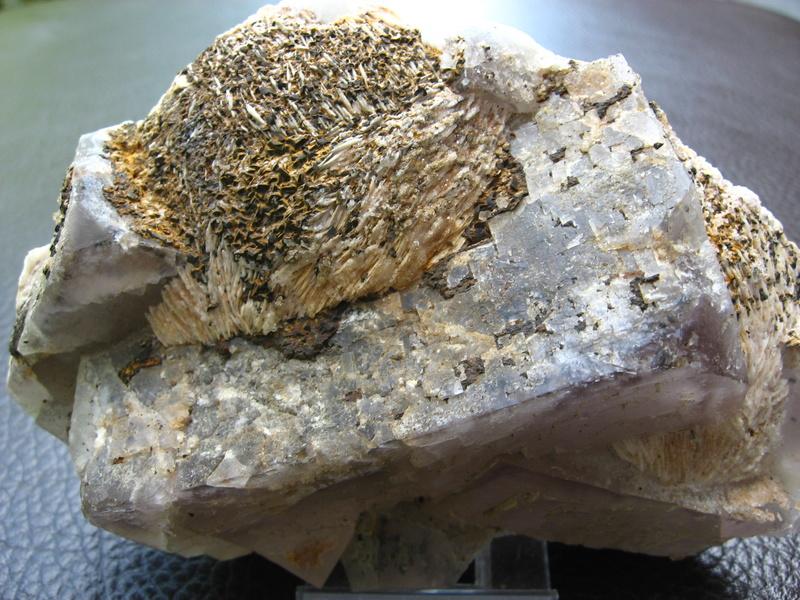 barite sur fluorite Img_0332
