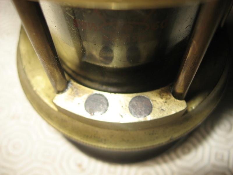 lampes de mineurs,  divers objets de mine, outils de mineur et documents  - Page 5 Img_9912