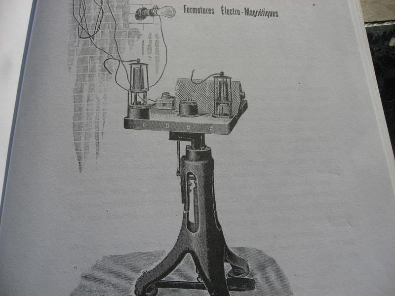 lampes de mineurs,  divers objets de mine, outils de mineur et documents  - Page 5 Img_9914
