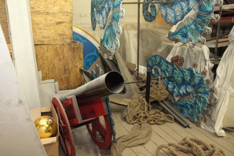 Подготовка к новогодним ёлкам вышла на финишную прямую  Elka0810