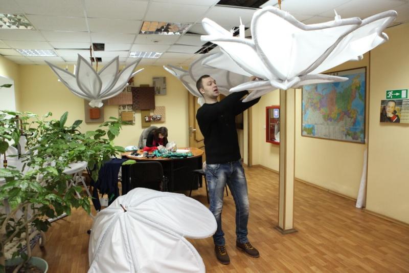 Подготовка к новогодним ёлкам вышла на финишную прямую  Elka0910